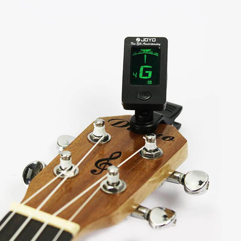 ukulele-with-tuner